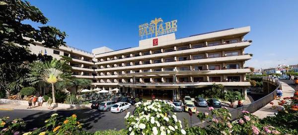 129098-hotel-main