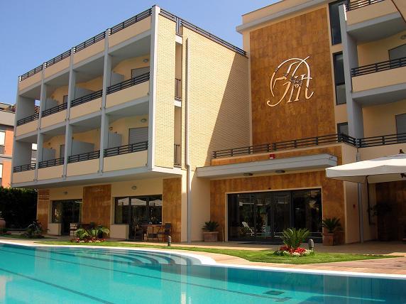 Albatros Hotel (2)