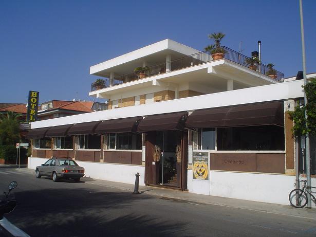 Terracina Hotel Lungomare 116 (2)