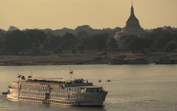 Myanmar-Road-To-Mandalay-cruising-the-Ayeyarwady-River-near-Sagaing1