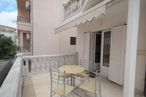 №1_balcony