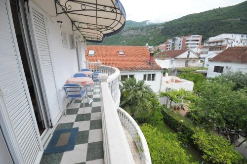 №5_balcony
