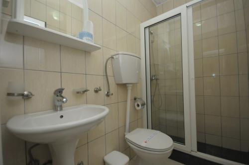 N02_bathroom