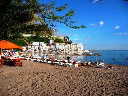 Rafailovici_beach3-500x375