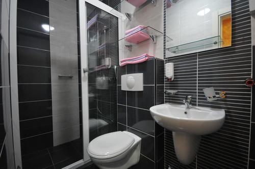 app03_bathroom