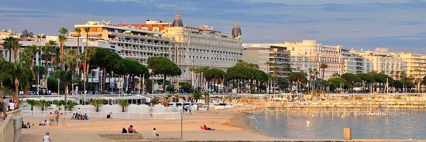 cannes_beach_france-870x340