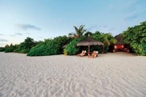 Island-Living-Beach-Villa-Kanuhura_1400x934_72_RGB-a4674