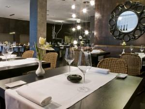 358-restaurant-5-hotel-barcelo-santa-cruz-contemporaneo25-113738