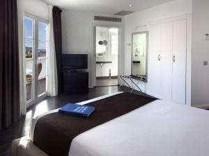 358-room-10-hotel-barcelo-santa-cruz-contemporaneo25-116721