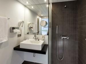 358-room-23-hotel-barcelo-santa-cruz-contemporaneo25-116734