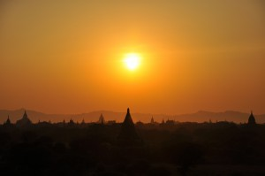 5day-Bagan-at-Sunset