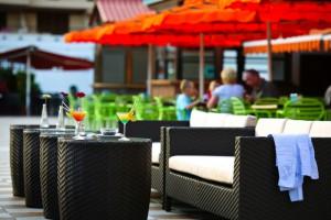 bar-family-garden-compostela-beach