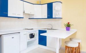 globales-tamaimo-tropical-apartamento-cocina